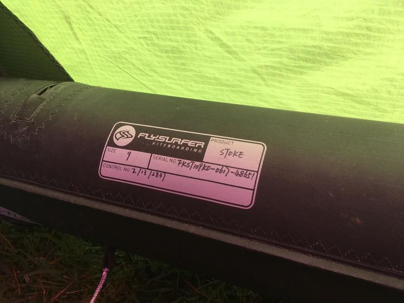 Flysurfer Stoke 9m comme neuve 8 sorties 600€ Img_2525