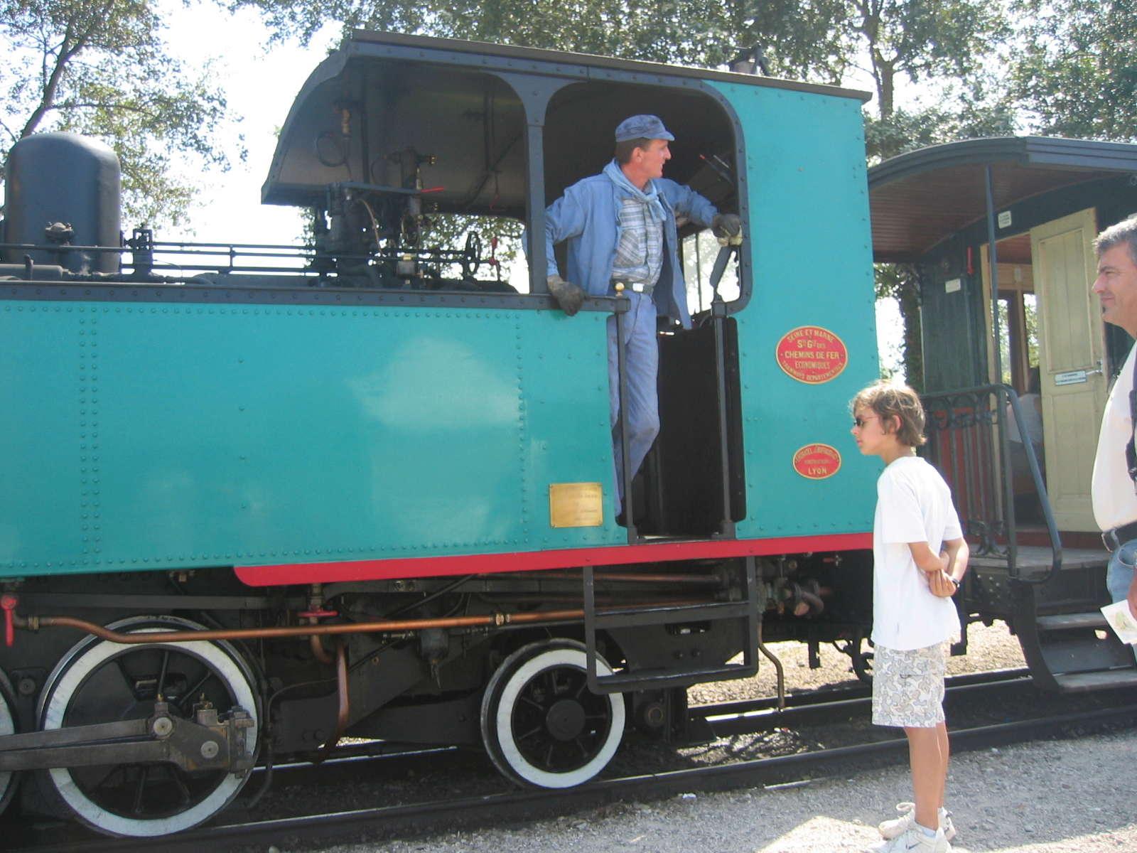 STREET VIEW : les petits trains touristiques - Page 2 119_1915