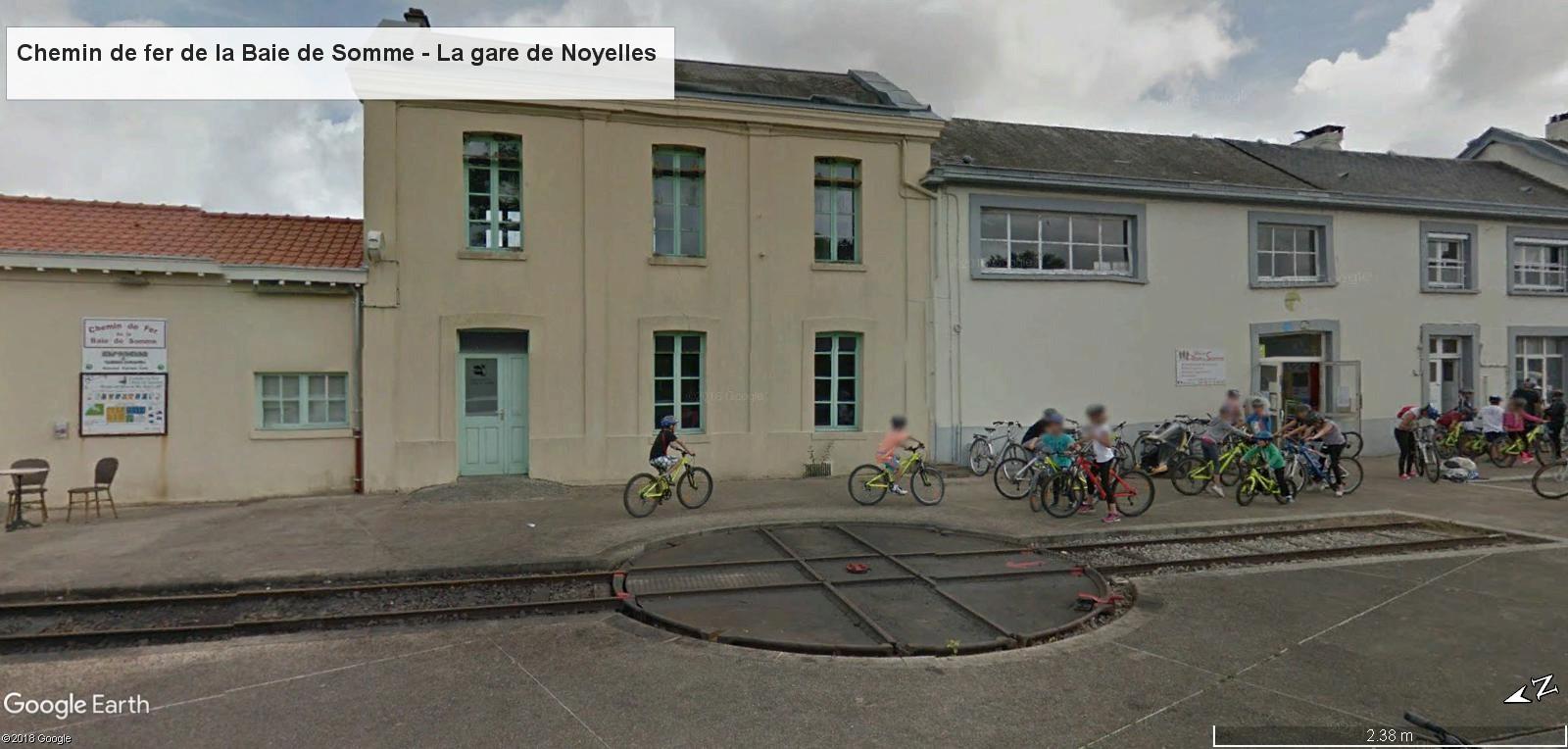 STREET VIEW : les petits trains touristiques - Page 2 Gare_n11