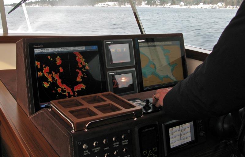 Yacht Delta 54 9_helm10