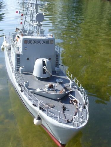 """Le patrouilleur lance-missiles """"P6141"""" classe Tiger au 1/40 new maquettes Patrou14"""