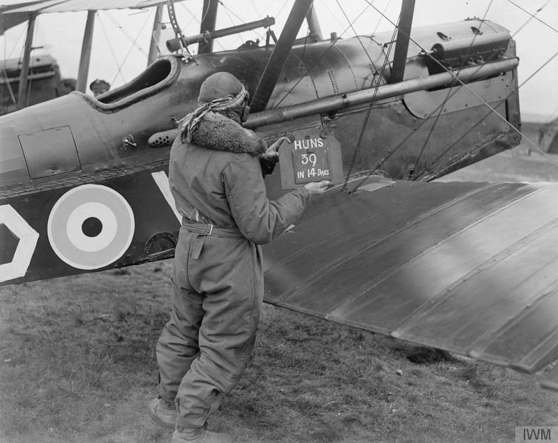 Ouvre boite : le RAF SE 5a Hispano Suiza et Woseley Viper - Eduard - 1/48ème. 11949311