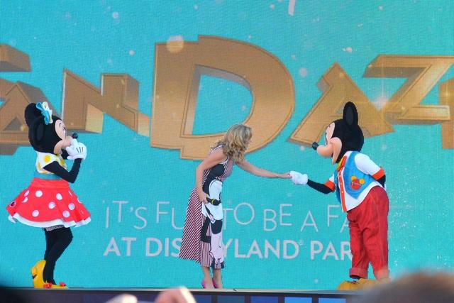 [Soirée] Disney FanDaze Inaugural Party (2 juin 2018) - Page 5 Dsc_0011
