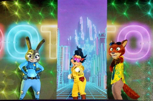 [Soirée] Disney FanDaze Inaugural Party (2 juin 2018) - Page 5 Dsc_0517