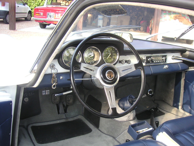 Giulia 1600 SS....dans les startings bloc ! Ss_int11