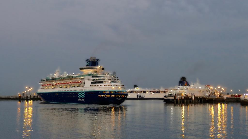 Activité du port de Calais 39902012
