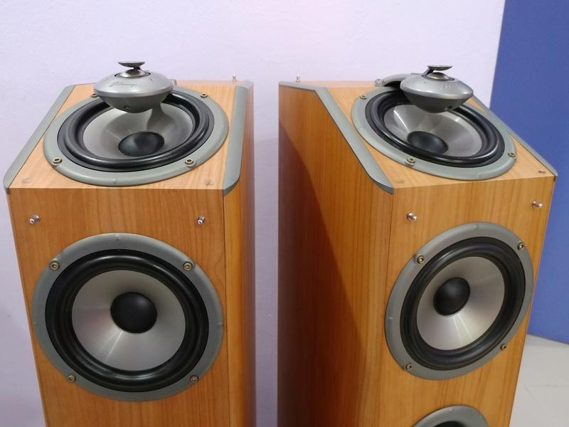 Mirage Canada OMNI 260  2.5 ways Omnipolar Floorstanding Speaker 20171220