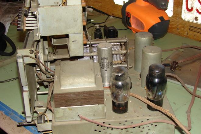Marconi model 138 Dsc04413
