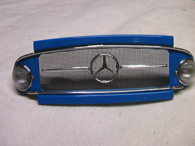 Reinhard's Mercedes L1113 von Hachette in 1:12 Imga0334