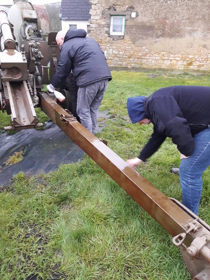 Restauration bénévole du canon de 105 Canon_14