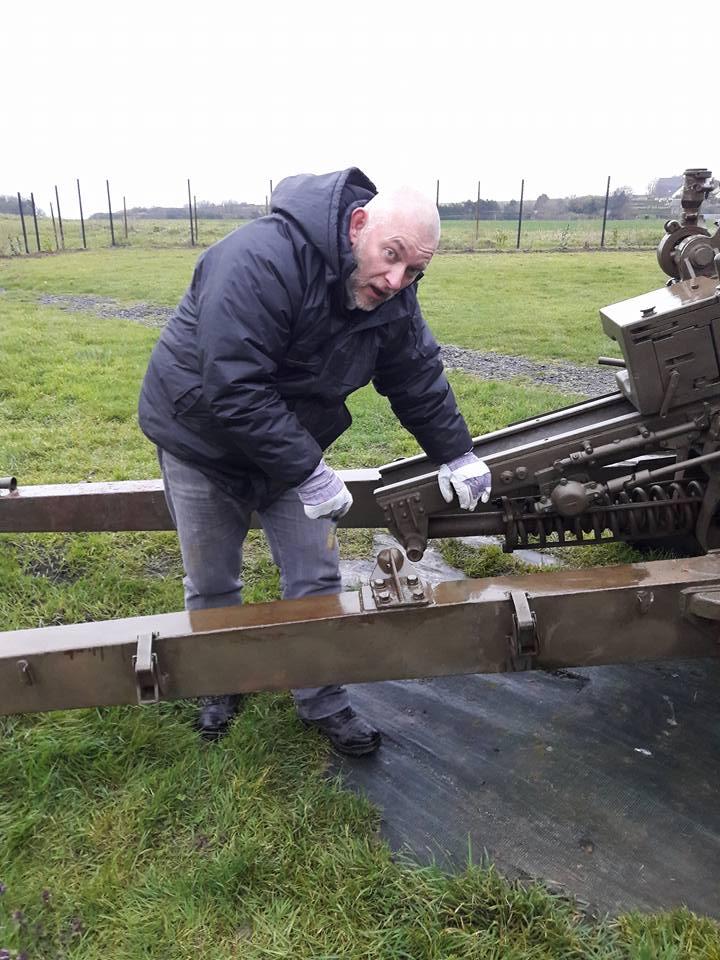 Restauration bénévole du canon de 105 Canon_15