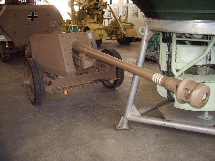 PanzerAbwerKanone de 7,5cm modèle 40 (PAK40) Imgp2830