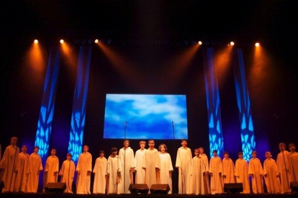 Les concerts et sorties (prestations live de Libera) [2000 → présent] - Page 2 2009_810