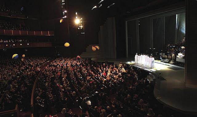 Les concerts et sorties (prestations live de Libera) [2000 → présent] - Page 2 Int36
