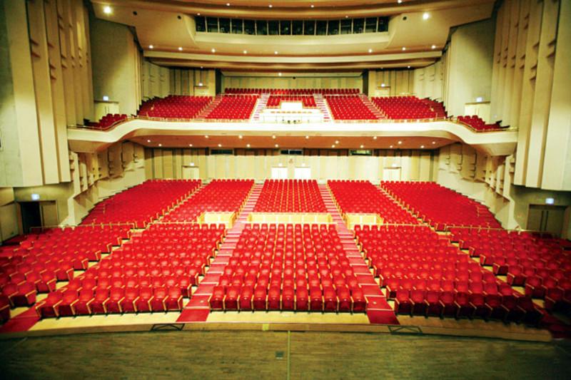 Les concerts et sorties (prestations live de Libera) [2000 → présent] - Page 4 Int41