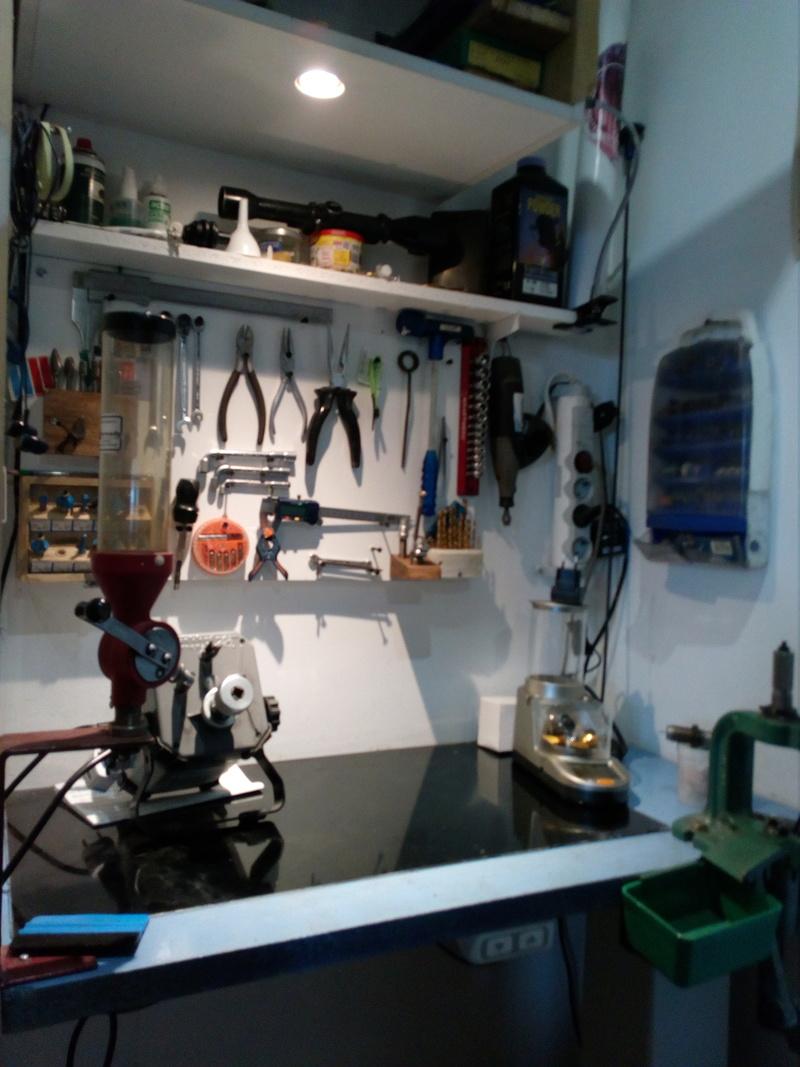 Mon petit atelier de rechargement à niveau variable Img_2025