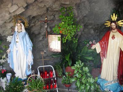 Les apparitions de la Très Sainte Vierge Marie dans le monde - Page 2 Girona10