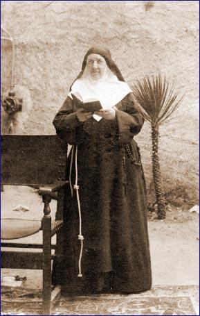 9 novembre Bienheureuse Carmen de l'Enfant Jésus Carmen10