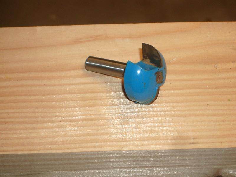 meuble en chêne et fer forgé pour l'ordi  - Page 2 Imgp6310