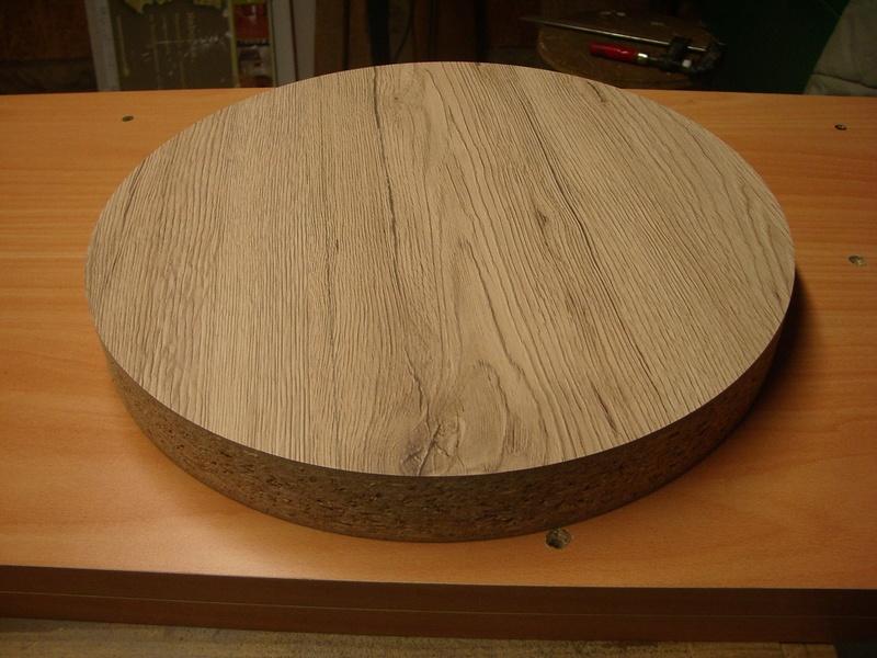 fabrication d'un tabouret de cuisine en bois-metal Imgp6413