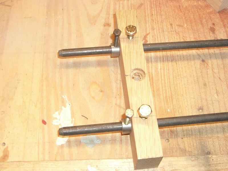 fabrication d'un tabouret de cuisine en bois-metal Imgp6419