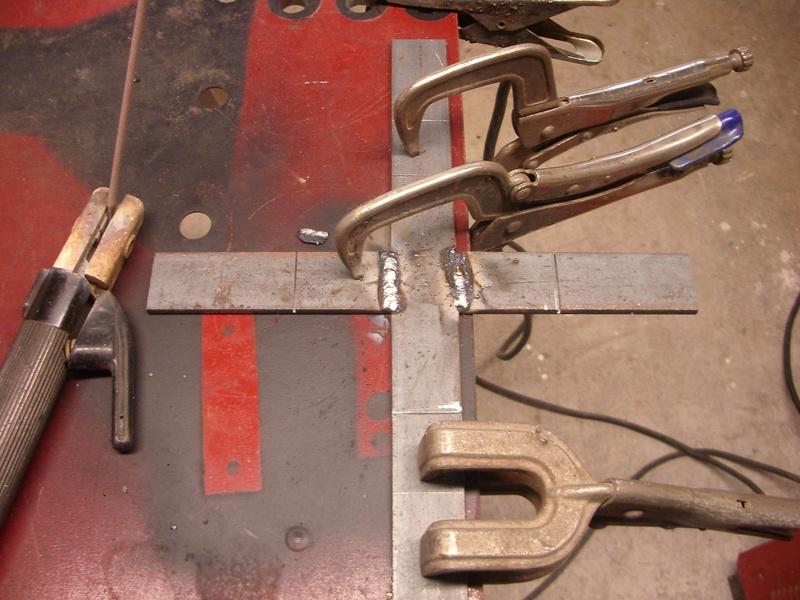 fabrication d'un tabouret de cuisine en bois-metal Imgp6431