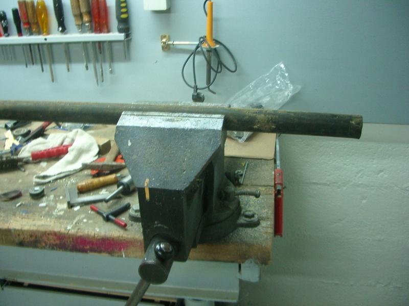 fabrication d'un tabouret de cuisine en bois-metal Imgp6434