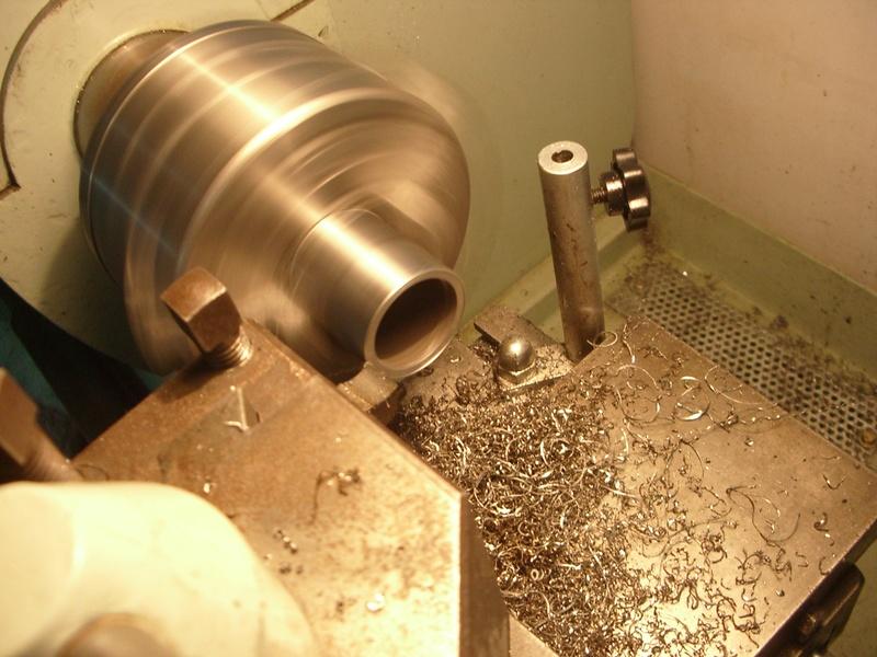 fabrication d'un tabouret de cuisine en bois-metal Imgp6439