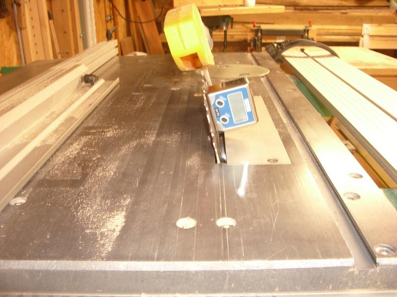 fabrication d'un tabouret de cuisine en bois-metal Imgp6515