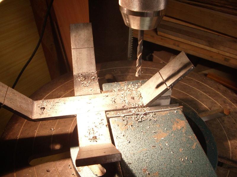 fabrication d'un tabouret de cuisine en bois-metal Imgp6518
