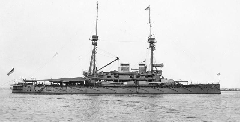 HMS Lord Nelson 1906 de Hobby Boss au 1/350ème 7m5l110