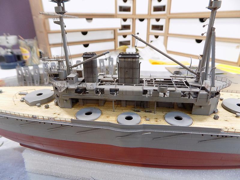 HMS LORD NELSON Hobbyboss 1/350ème - Page 3 Dscn0911