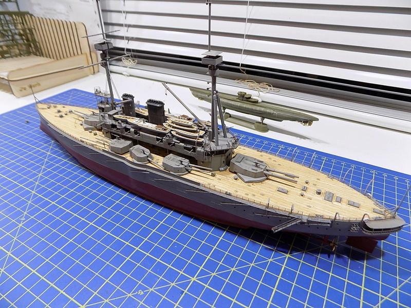 HMS LORD NELSON Hobbyboss 1/350ème - Page 3 Dscn0921
