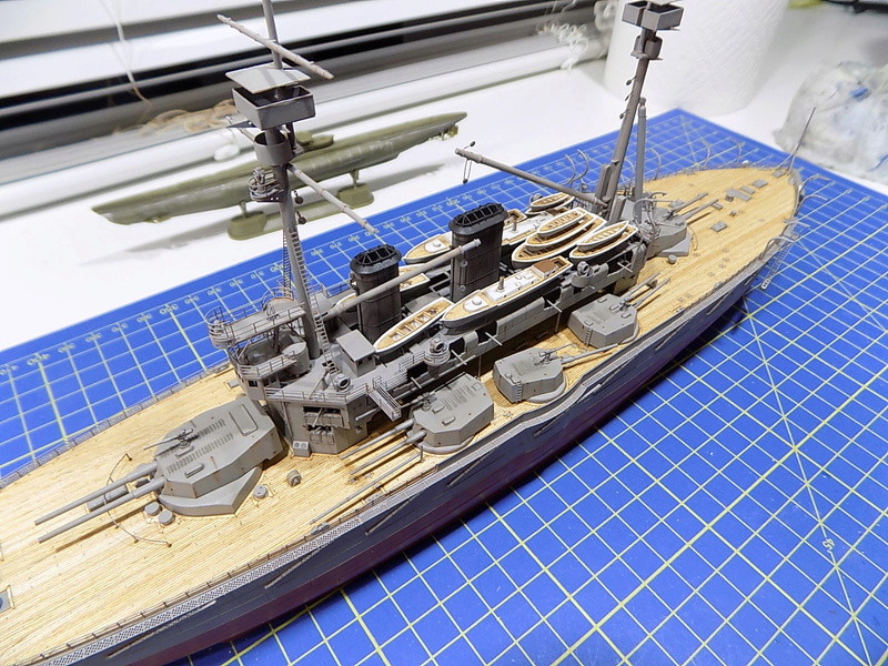 HMS LORD NELSON Hobbyboss 1/350ème - Page 3 Dscn0922