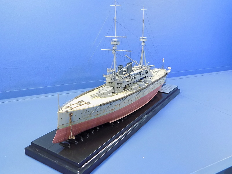 HMS Lord Nelson 1906 de Hobby Boss au 1/350ème Dscn1045