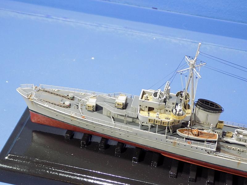 Z-43 zerstorer 1/350 de Trumpeter Dscn1075