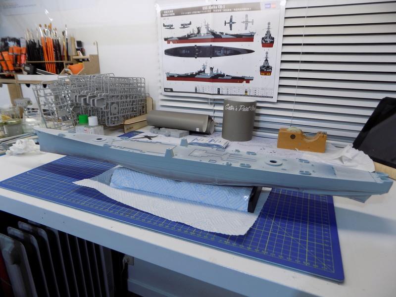 USS Alaska CB-1 de Hobby Boss 1/350ème - Page 2 Dscn1117