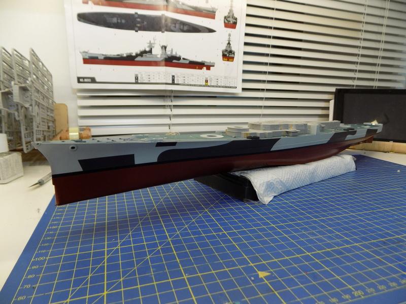 USS Alaska CB-1 de Hobby Boss 1/350ème - Page 3 Dscn1123