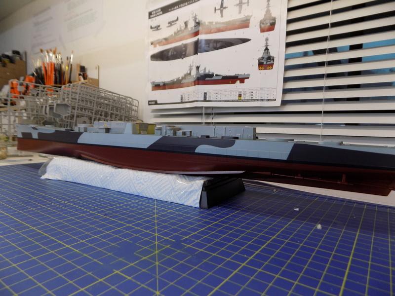 USS Alaska CB-1 de Hobby Boss 1/350ème - Page 3 Dscn1130