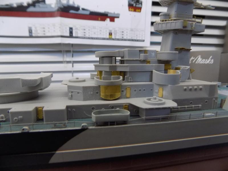 USS Alaska CB-1 de Hobby Boss 1/350ème - Page 4 Dscn1144