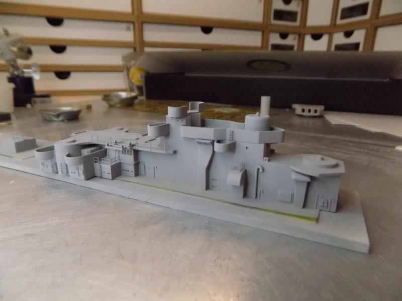 USS Alaska CB-1 (Hobby Boss 1/350°) par horos - Page 7 Dscn1220