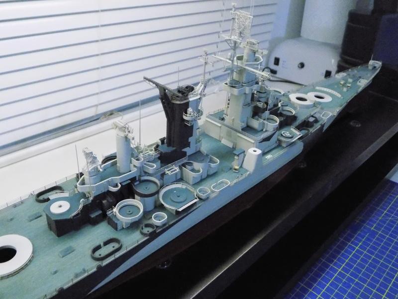 USS Alaska CB-1 de Hobby Boss 1/350ème - Page 8 Dscn1227