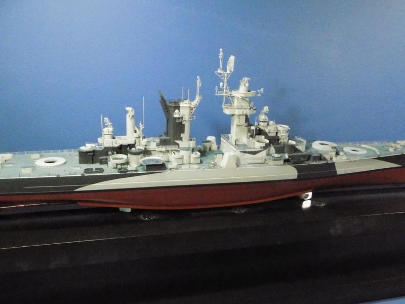 USS Alaska CB-1 de Hobby Boss 1/350ème - Page 8 Dscn1231