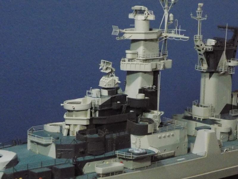 USS Alaska CB-1 de Hobby Boss 1/350ème - Page 8 Dscn1234
