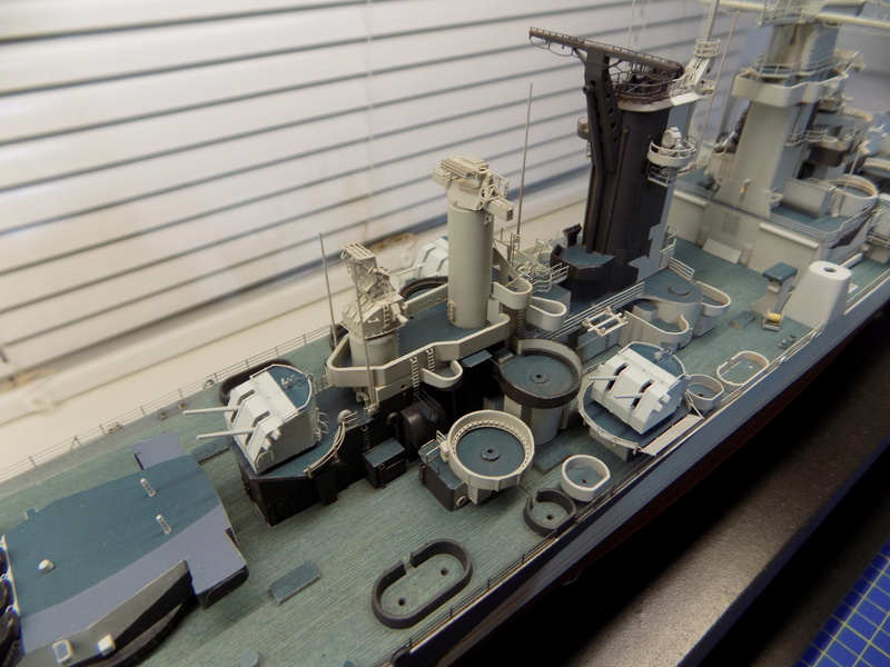 USS Alaska CB-1 de Hobby Boss 1/350ème - Page 9 Dscn1246