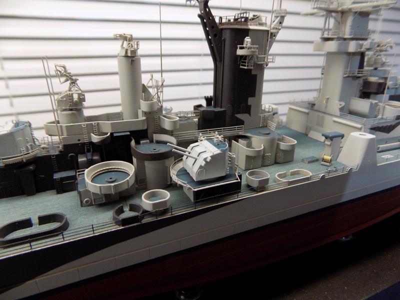 USS Alaska CB-1 de Hobby Boss 1/350ème - Page 9 Dscn1247