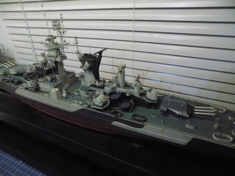 USS Alaska CB-1 de Hobby Boss 1/350ème - Page 14 Dscn1311