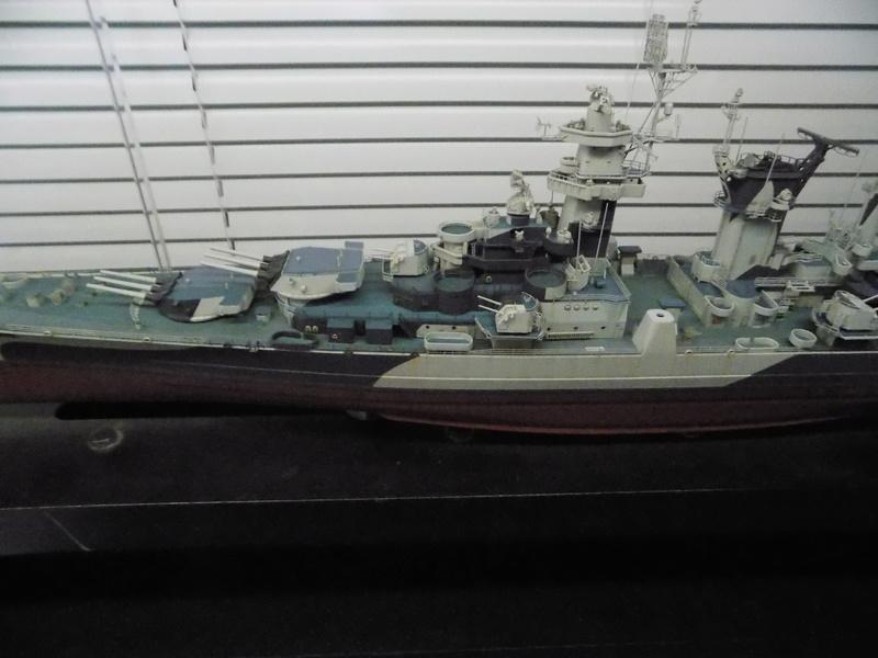USS Alaska CB-1 de Hobby Boss 1/350ème - Page 14 Dscn1312
