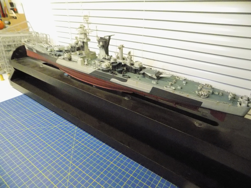USS Alaska CB-1 de Hobby Boss 1/350ème - Page 14 Dscn1313