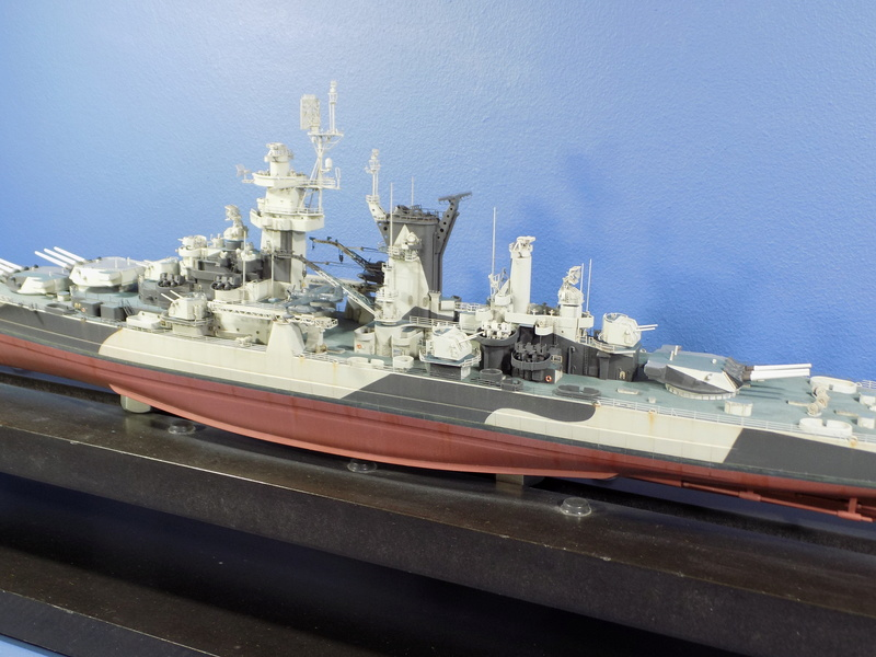 USS Alaska CB-1 de Hobby Boss 1/350ème - Page 14 Dscn1317